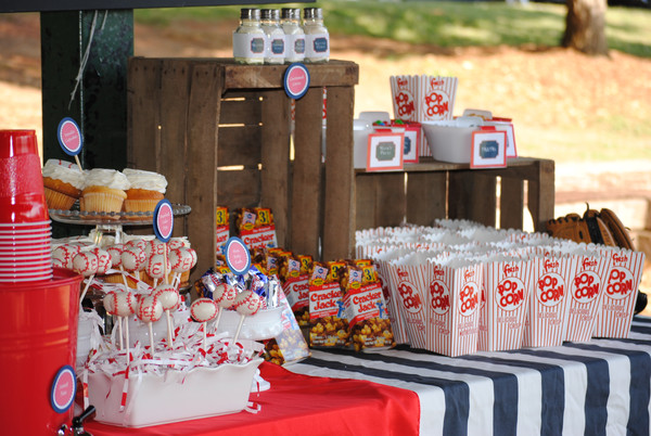 Old fashioned concession stand for a baseball party!