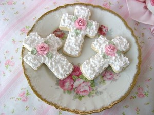 Gorgeous Cross Cookies!
