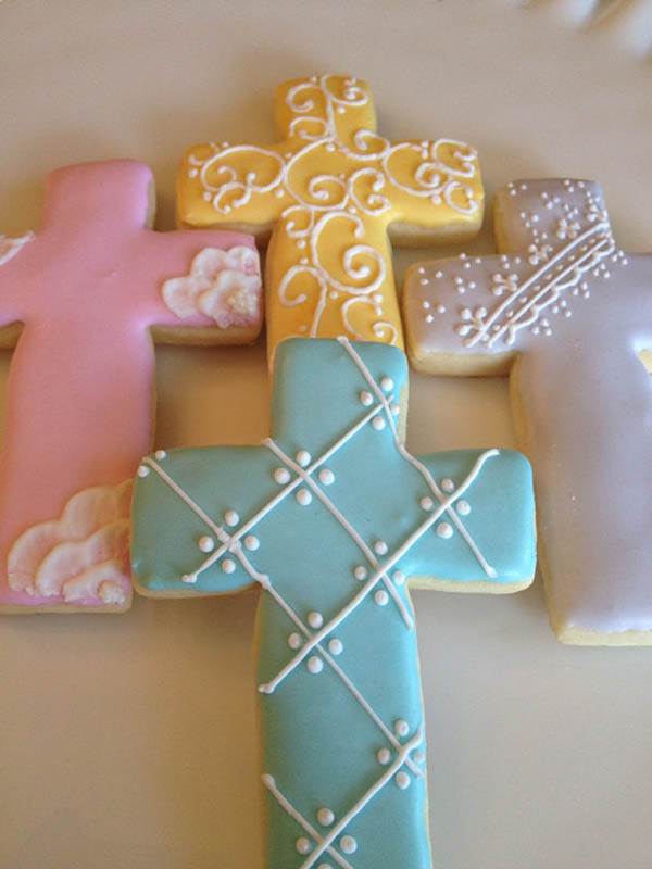 Gorgeous Cross Cookies  B Lovely Events