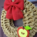 Back To School Wreaths {We Love!}