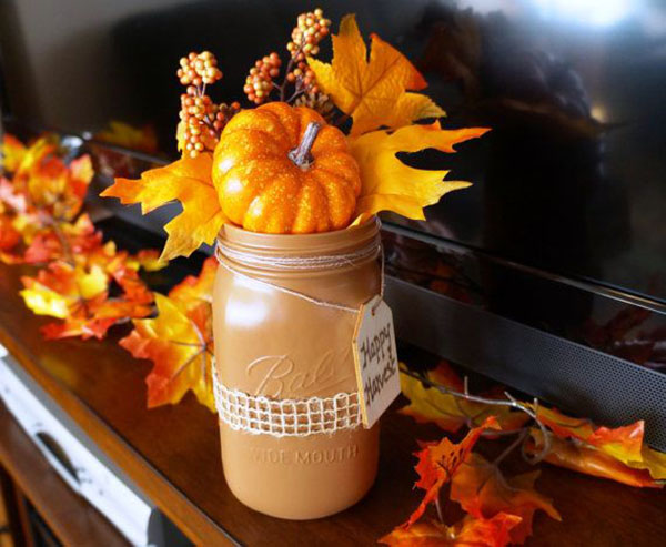 Pretty Little Mason jars decorations for fall