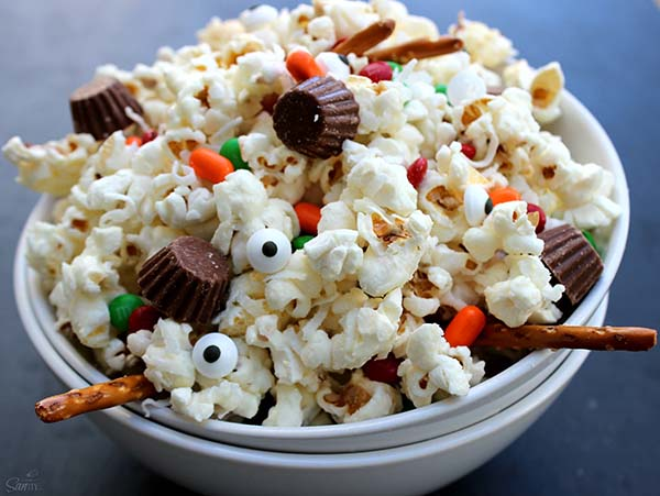 Melted Snowman popcorn- So Funny!