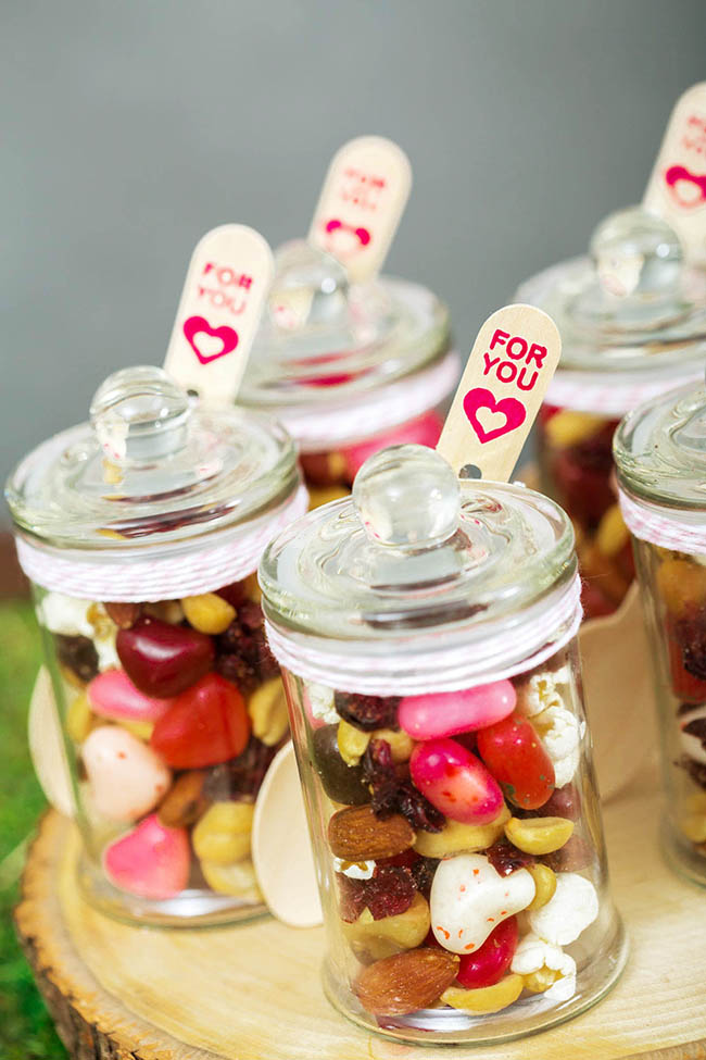 Trail Mix Treat In A Jar Glamping Party