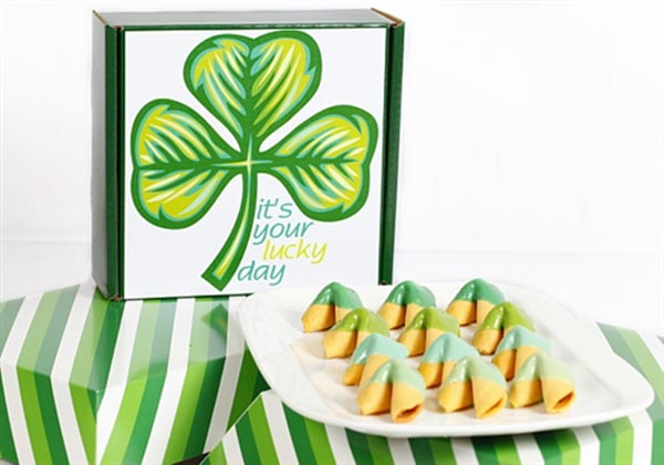 Green Ombre Fortune cookies For St. Patrick's Day!