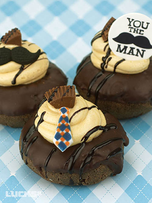 Oh my gosh these Father's day donuts are the cutest!