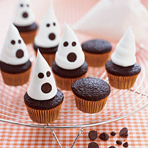 mini ghost cupcakes for halloween