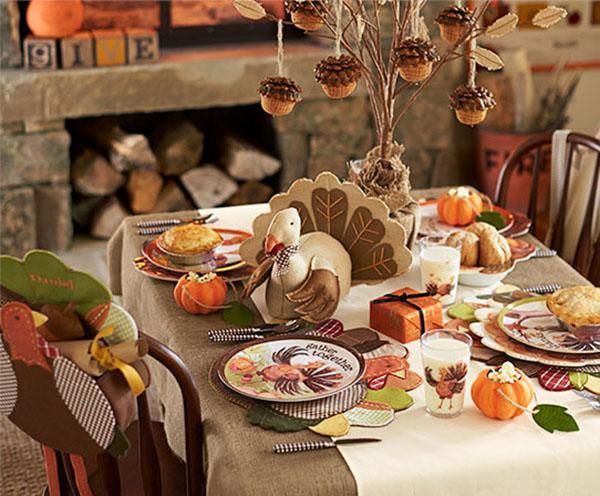 Lovely Kids Thanksgiving Table!
