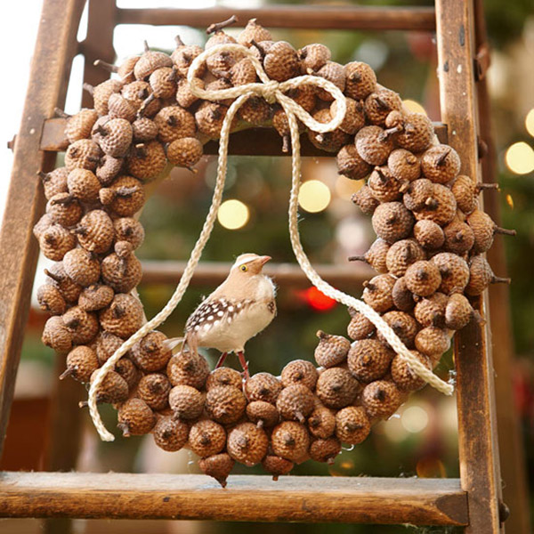 Creative Acorn Holiday wreath