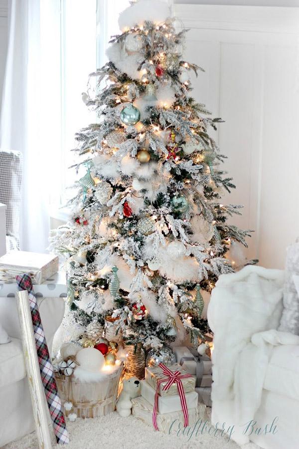 White Christmas Christmas Tree!