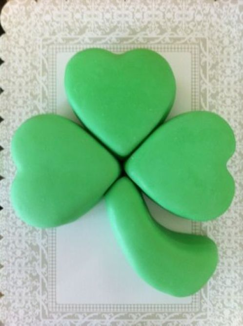 Fun Shamrock Cake For St. Patrick's Day -See More Inspiring Shamrock Cakes On The Blog! - B. Lovely Events