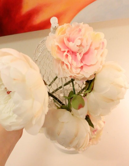 DIY Birdcage Centerpiece- Get the how to on B. Lovely Events