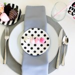 Fun Modern Mother's Day Place Setting- See the step by step tutorial at B. Lovely Events