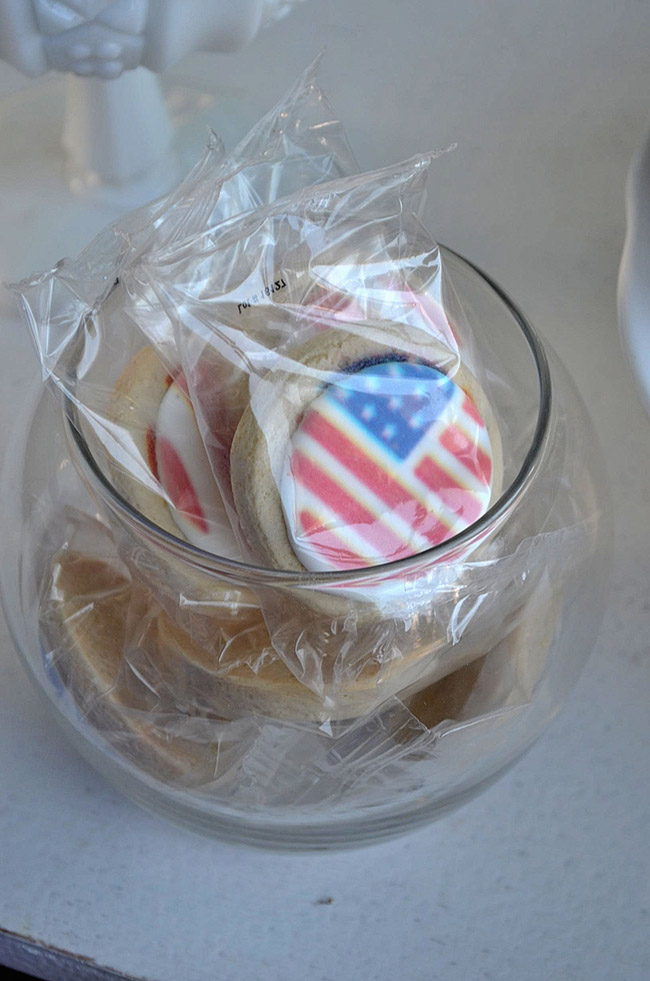 4th Of July Cookies -See All Of The Lovely Party Details on B. Lovely Events!