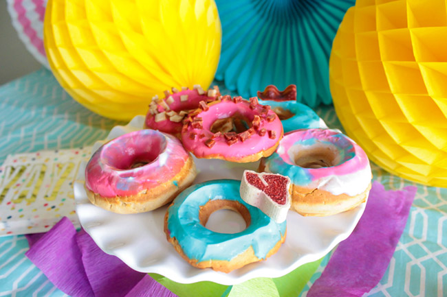 Dog Donut Treats! Get the recipe and how to on B. Lovely Events
