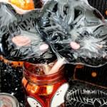 Spooktacular Halloween Party Ideas. Cat mask lollipops- B. Lovely Events