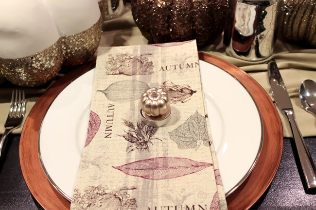 Thanksgiving place setting ideas- B. Lovely Events