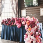 I Just love this balloon garland runner - See why they are our new obsession on B. Lovely Events