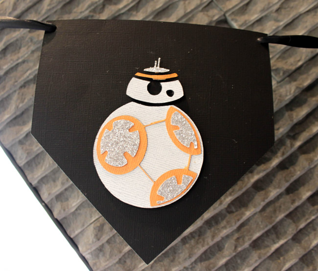 DIY Star Wars Banner BB8 May The 4th Be With You - - See how to make it on B. Lovely Events