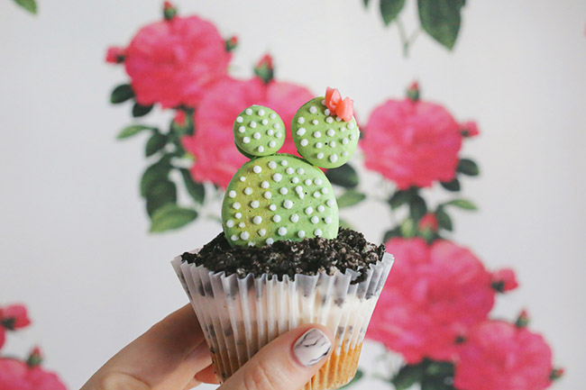 Love these Cactus Cupcakes! - See Lovely & Fun Cactus Ideas on B. Lovely Events