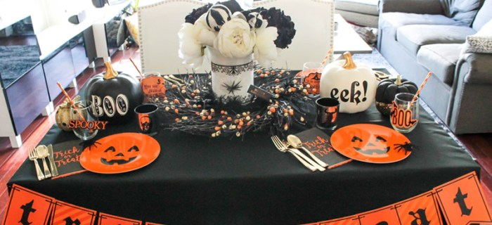The Loveliest Halloween Tablescape! {And a Blog Hop!}