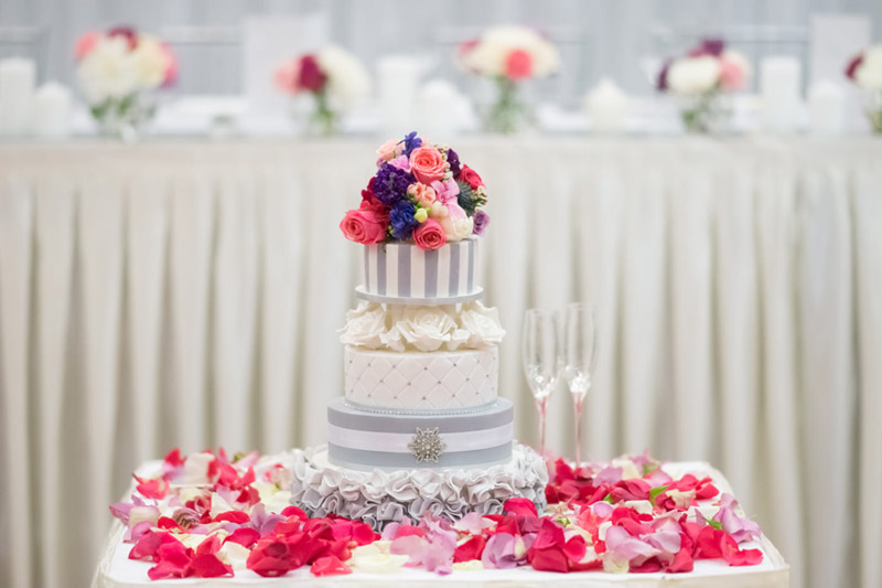 Grey Tiered wedding Cake {Real Wedding} Katrina & Leigh's Gorgeous Firework Wedding - See the details on B. Lovely Events