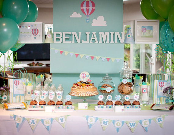 hot air balloon baby shower table