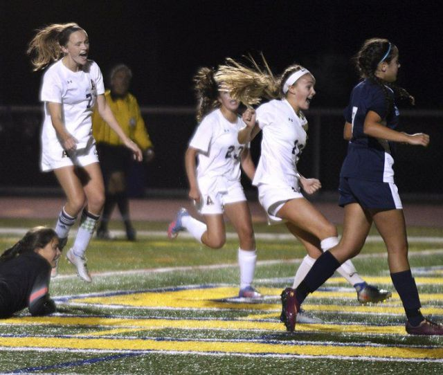 Fall Preview Veteran Girls Soccer Team Looks For Brekaout Season