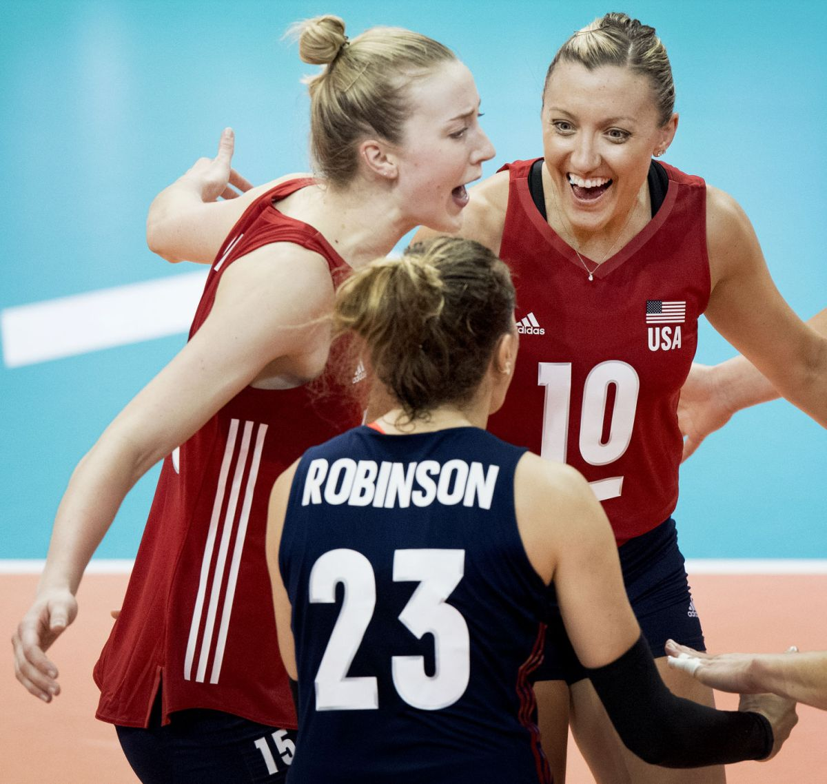 Photos Americans Sweep Italy At FIVB Volleyball Nations