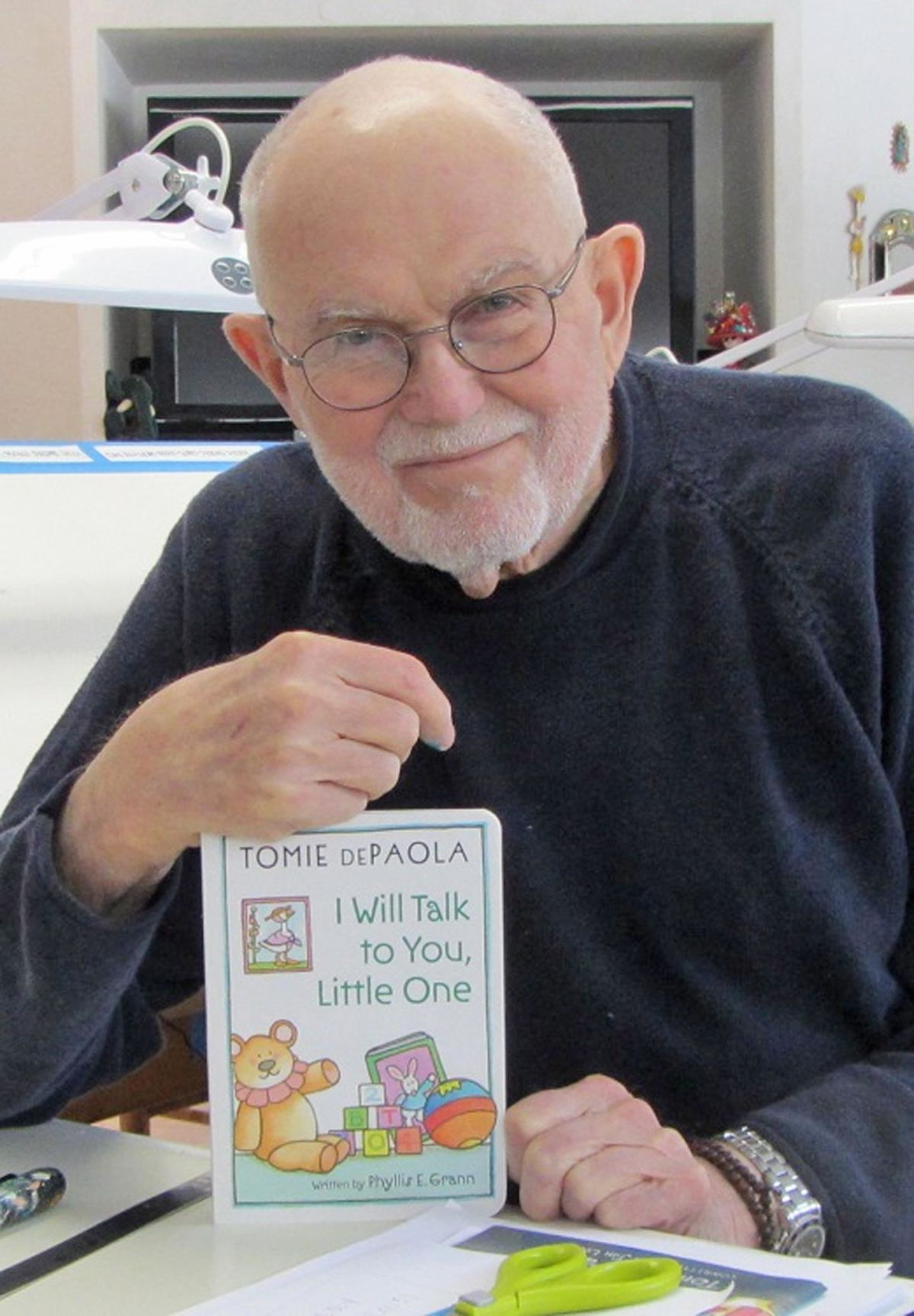 Children S Book Author Illustrator Tomie Depaola Joins