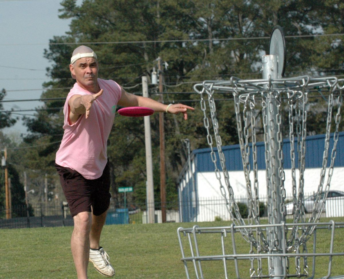 Disc Golf Chair Local Sports Largest Disc Golf Course In State Coming To