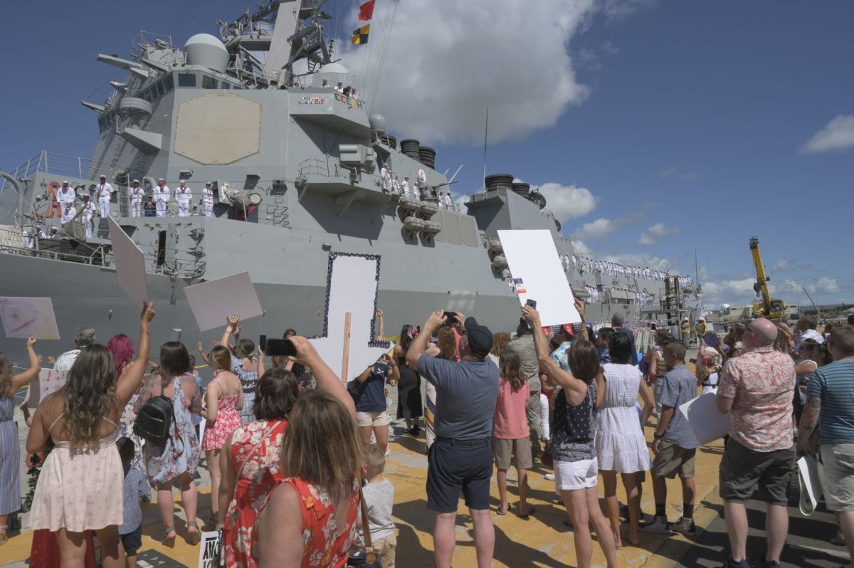 cno releases navy family