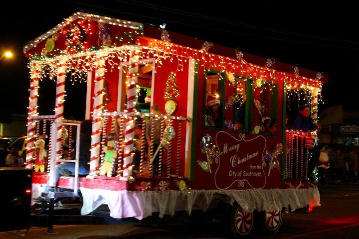 Olive Branch Christmas Lights Decoratingspecial Com