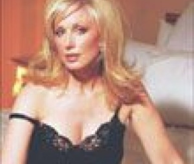 Former Falcon Crest Vixen Takes Over Hot Mom Role In The