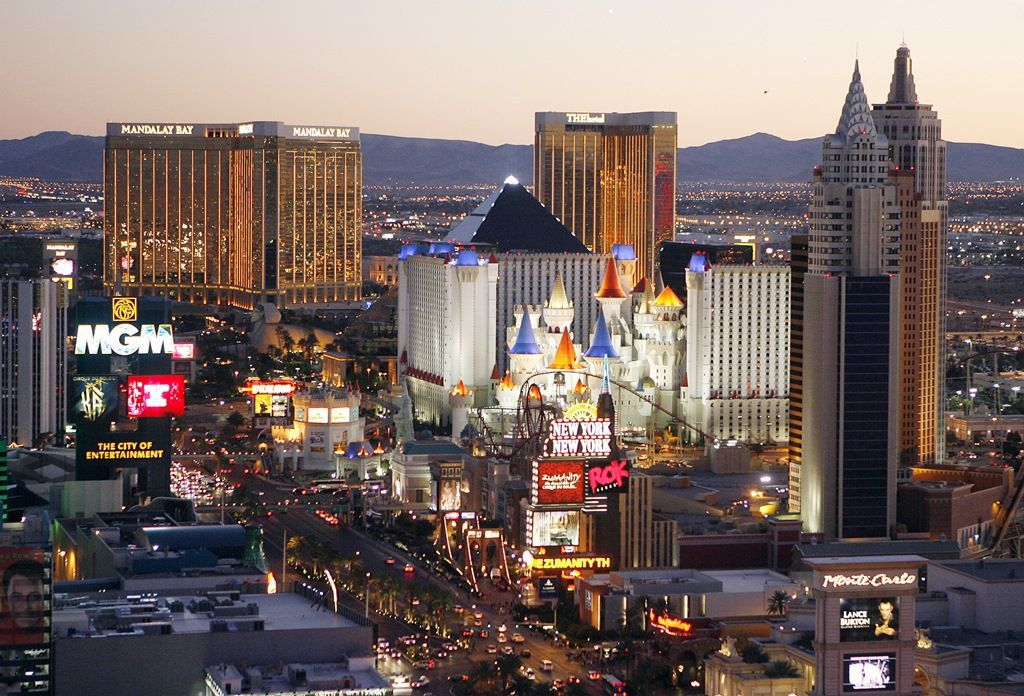 Nevada reports 1st death from new coronavirus in Vegas area ...