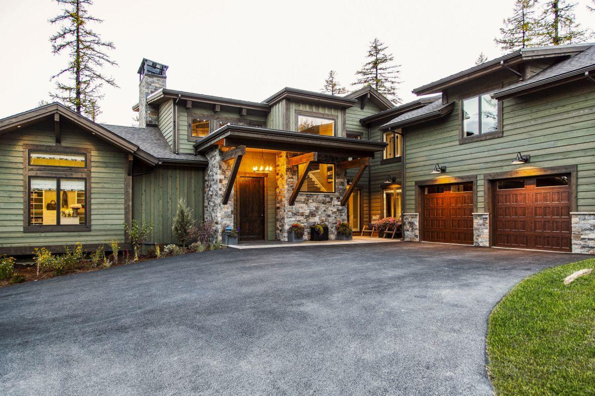 Unveils Montana 'dream Home' Part Of 2.3m