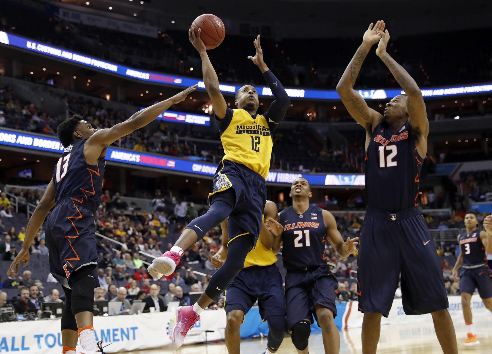 B10 Illinois Michigan Basketball