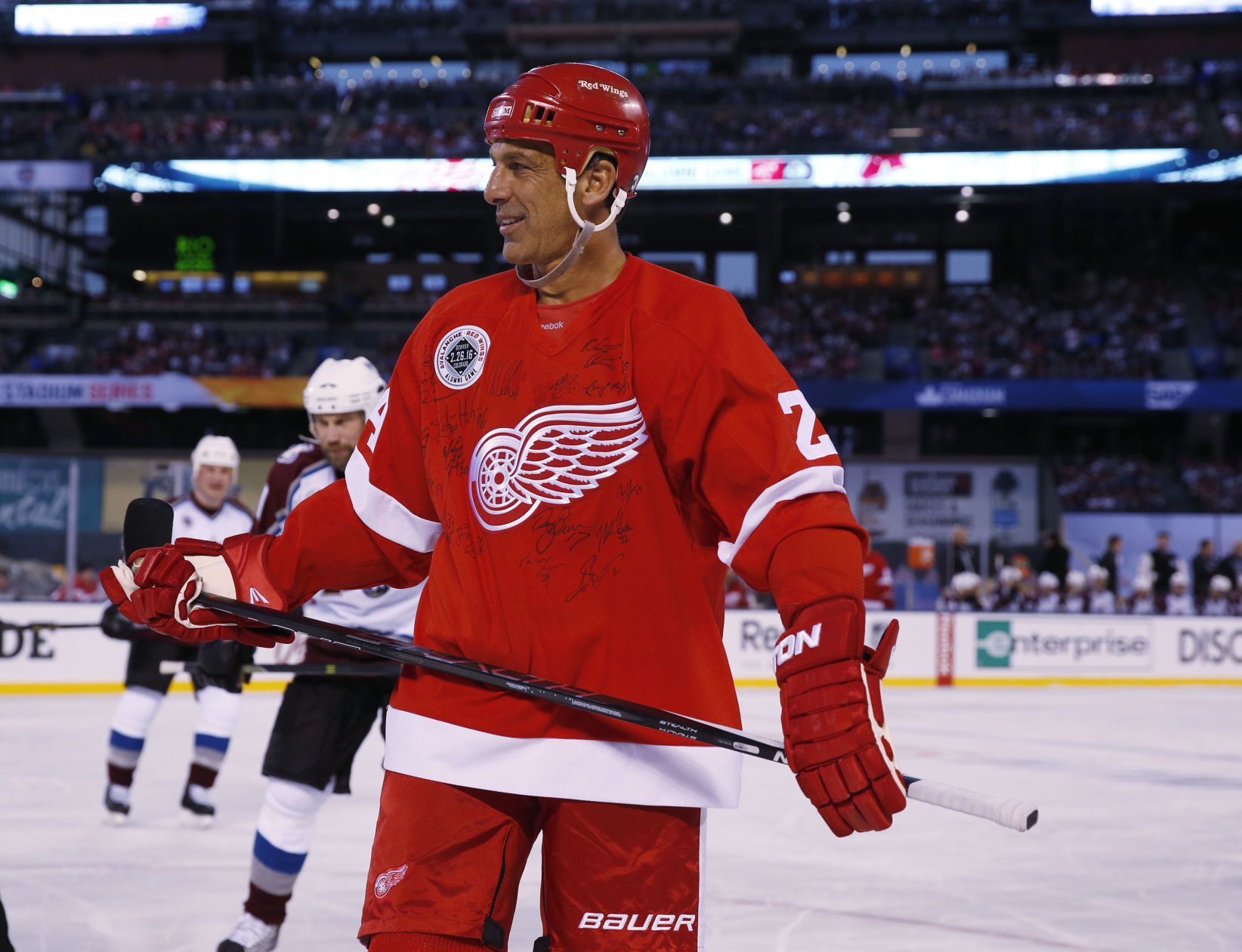 Chris Chelios Leaving Red Wings To Be Closer To Family In