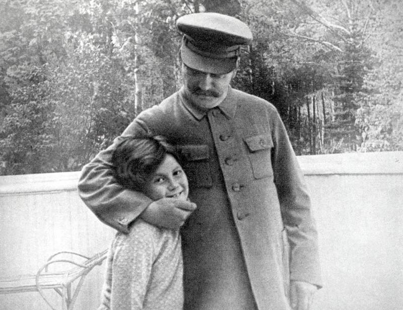 Josef y Svetlana Stalin