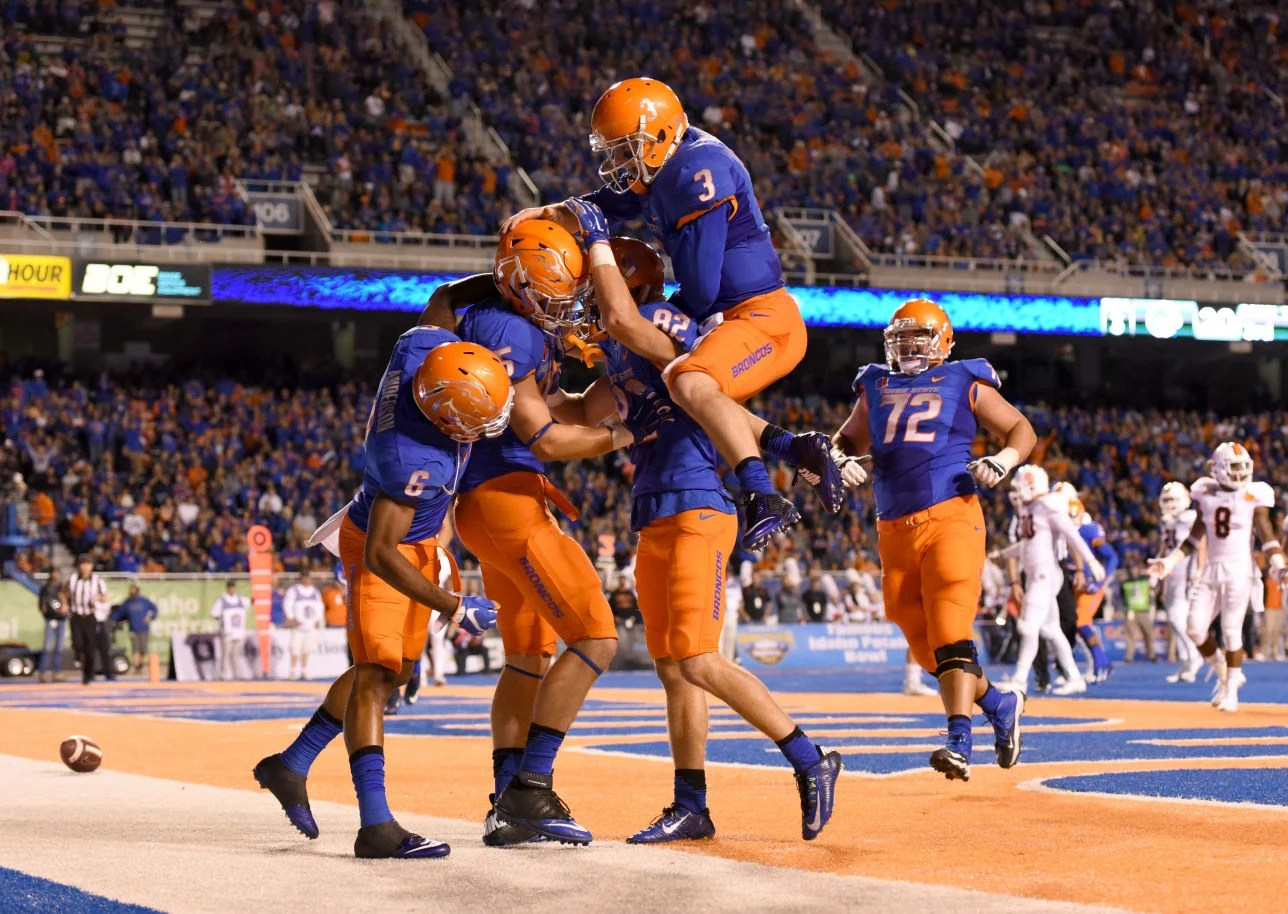Boise State Broncos 2015 Uniforms 9 4 5 3 San Diego County Credit