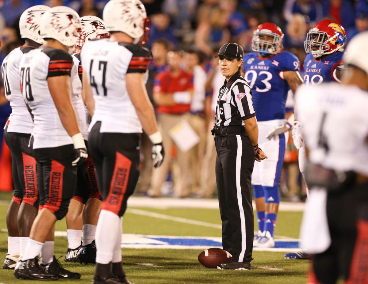 Soccer Referee Resume First Female Ref In Big 12 Football History Earns Kansas