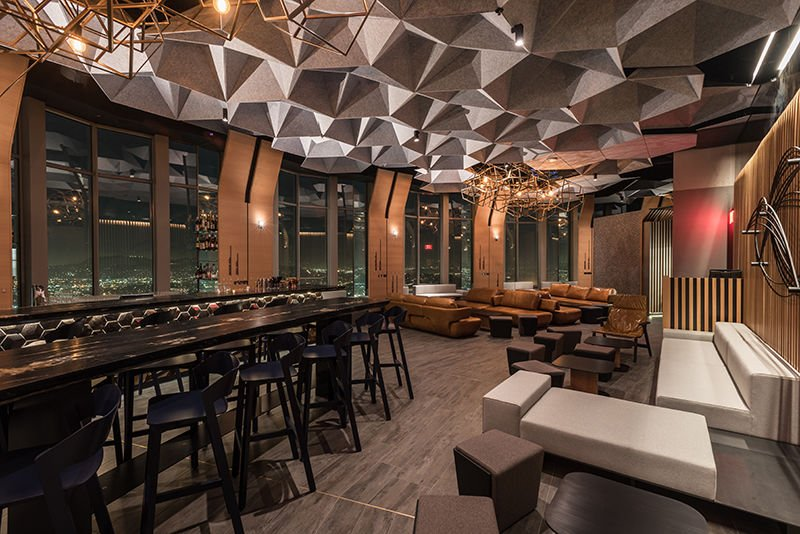 71above Opens At The Top Of U S Bank Tower Restaurants