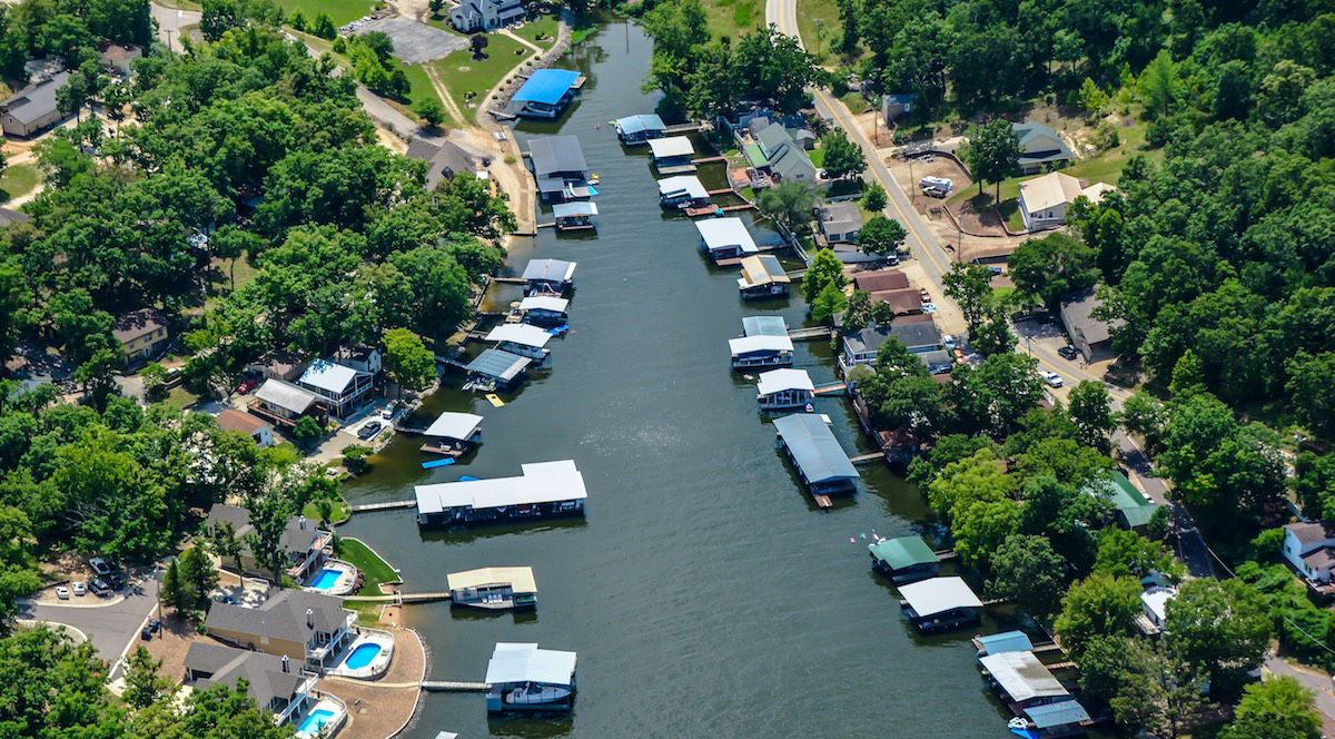 hight resolution of lake of the ozarks docks in a cove