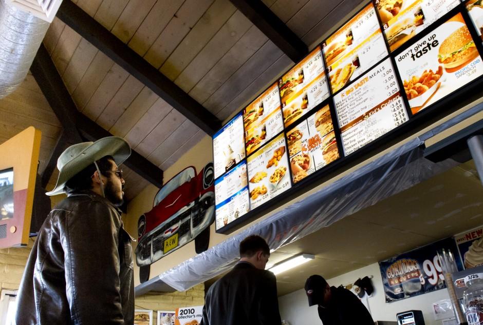 Close Fast Food Restaurants