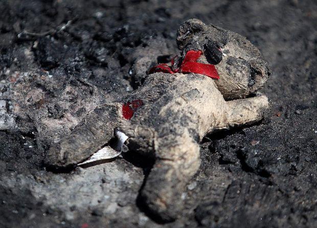 Lost Memories Fire Victims Face Uncertain Future
