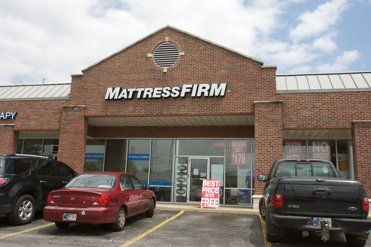 Why The Heck Are So Many Mattress Stores Opening