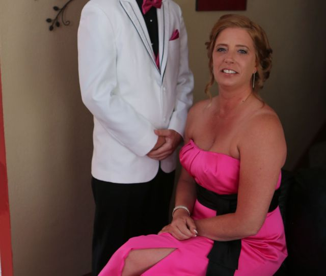 Mom Gets Ready To Be Sons Date For High School Prom