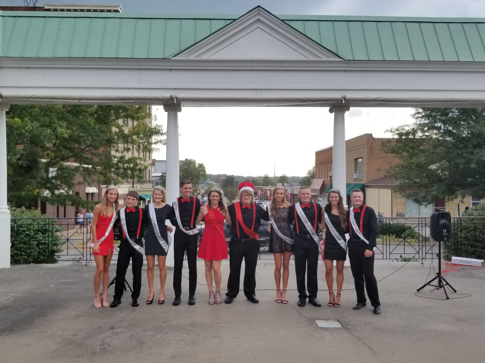 Homecoming King And Queen Crowned In The Park Local News
