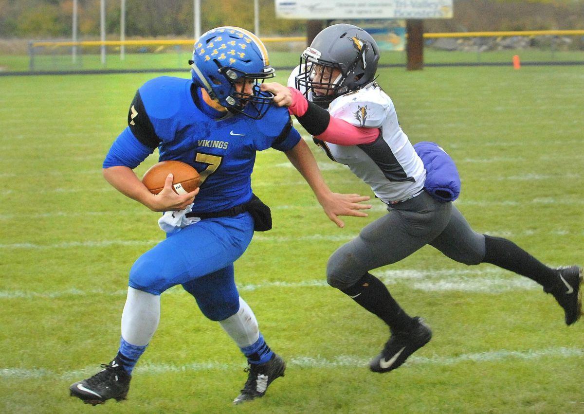 Tri-valley Swamps South Mac High School Football