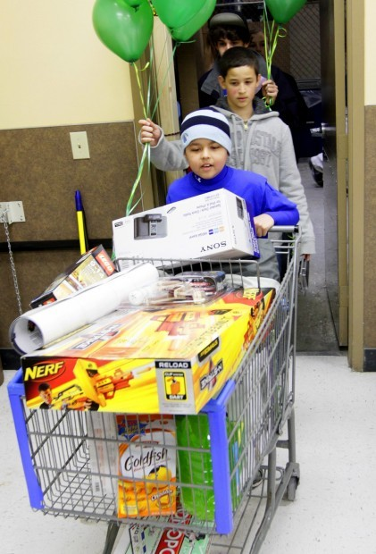 Make A Wish Recipient Goes On Shopping Spree Local News