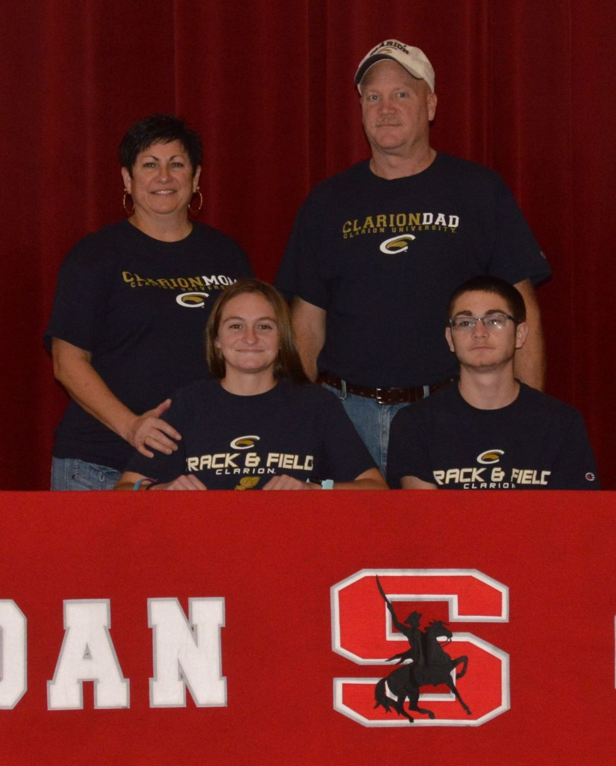 Sheridan's Anna Foster Signed Her Letter To Run At Clarion University Next  Year. She Is Pictured With Her Parents, Theresa And Bill Foster, And Her  Brother,